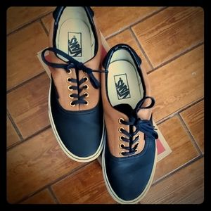 Vans Black/Tan tennis shoes  sneakers 10.5 / 9